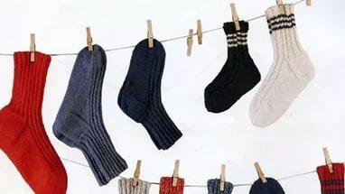 איך לשטוף גרביים