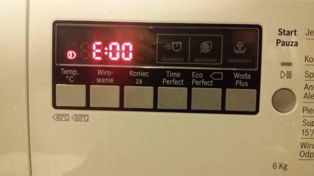 грешка e00 на пералнята Bosch