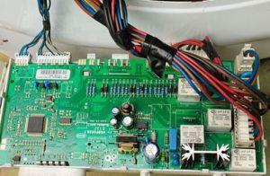 електронна модулна платка и окабеляване