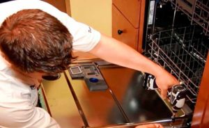 תיקון דלתות מדיח כלים של בוש