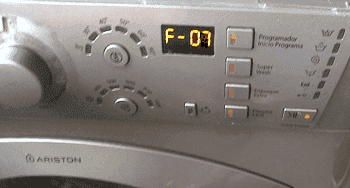 Грешка F07 на пералня Ariston