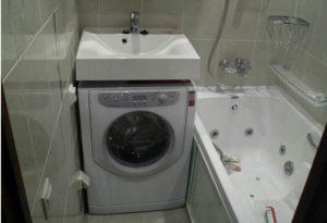 монтаж на машината в банята