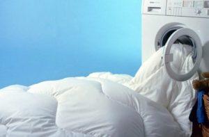 Bagaimana untuk mencuci selimut kain dalam mesin basuh