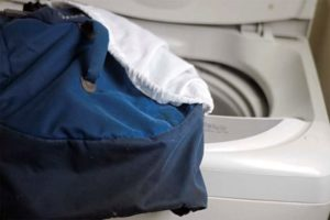 Bagaimana untuk mencuci ransel di mesin basuh
