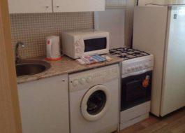 Мога ли да сложа пералнята до печката