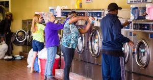 Mengapa tidak mustahil untuk mempunyai mesin basuh di rumah di Amerika Syarikat?