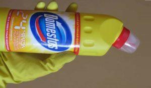 Работете с Domestos само с гумени ръкавици