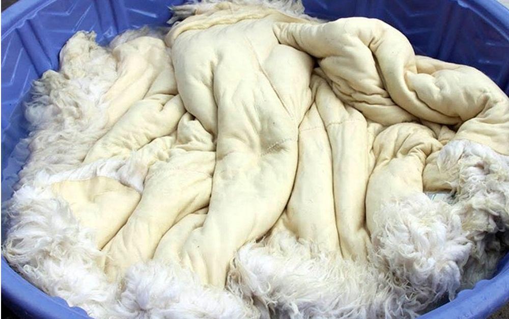ръчно пране от овча кожа