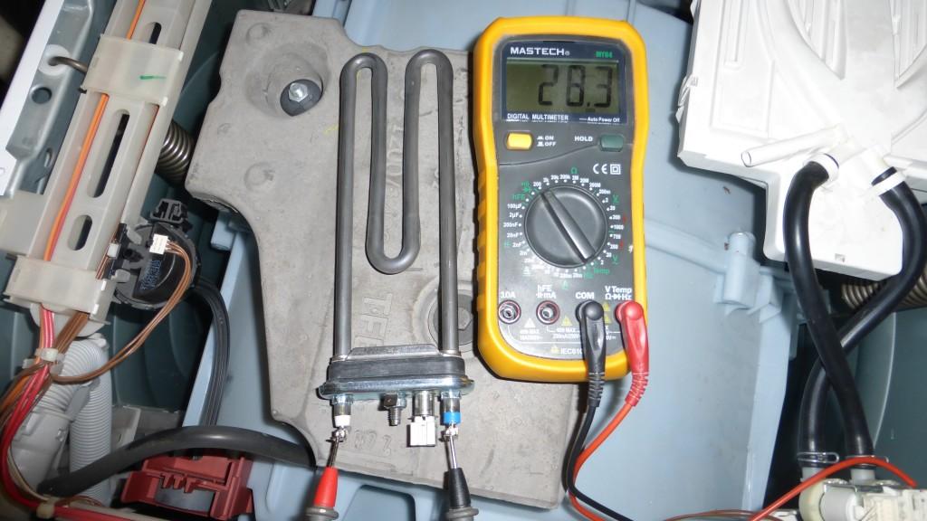 проверка на нагревателя на машината Electrolux